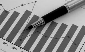 Ручка на бумаге с графиком